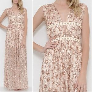 STAR SEQUIN GOWN
